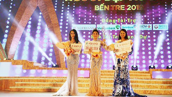 Top three of the beauty contest