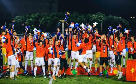 Vietnam crowns champions of SEA games 2019 men's football tournament.