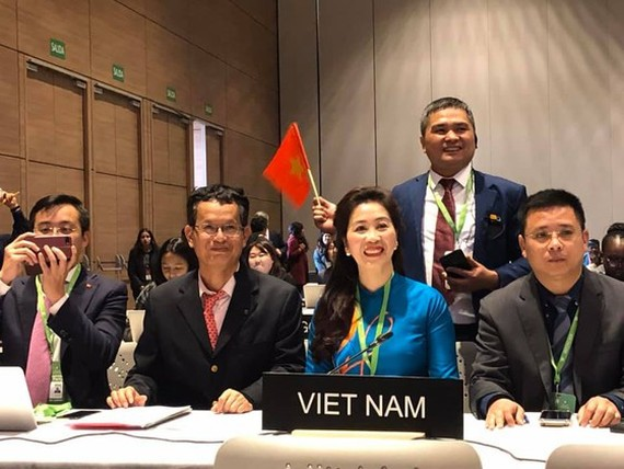 Vietnam's representatives at UNESCO's 14th session of the Intergovernmental Committee for the Safeguarding of the Intangible Cultural Heritage