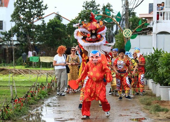 Tra Que Vegetable Village in Hoi An ancient town welcomes first New Year visitors. (Photo: Sggp)