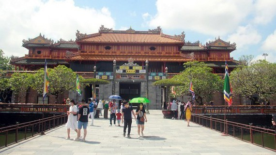 Tourists visit Imperial Citadel of Hue.