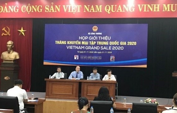 The briefing of the national promotion month 'Vietnam Grand Sale 2020' on June 25 (Photo: VNA)