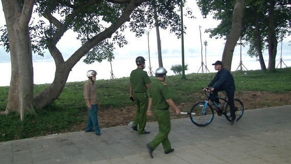 Hue City's Police force will fine people who don't wear face masks in public areas.