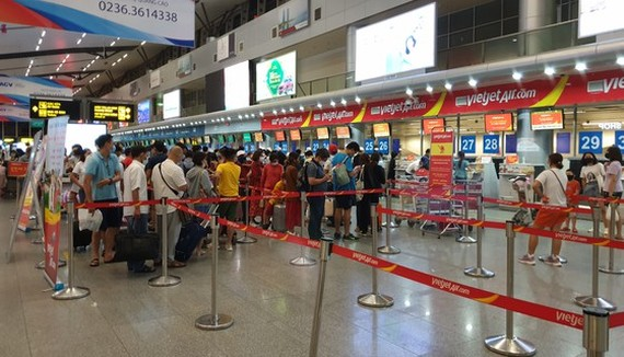 Da Nang will offer two flights to bring stranded tourists home.