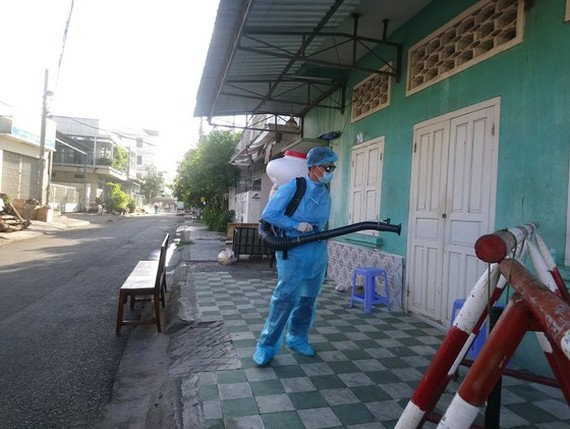 Binh Thuan Province strictly implement prevention and control measures to reduce the spread of infectious disease.