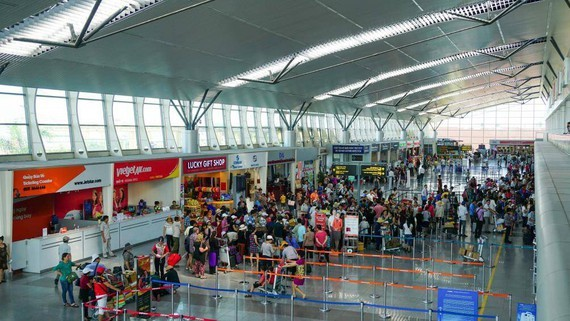 All domestic passenger flights from/to Da Nang continue to be halted to curb the spread of COVID-19. (Photo: SGGP)