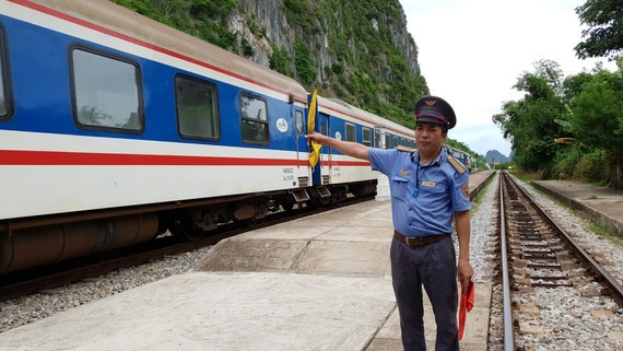Rail firm resumes more North-South train