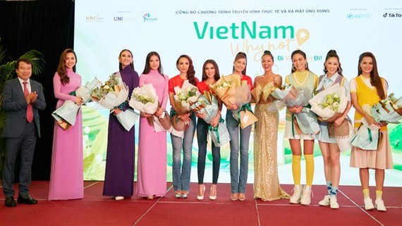 """A television reality show called """"Vietnam why not """" promoting domestic tourism has been launched ."""