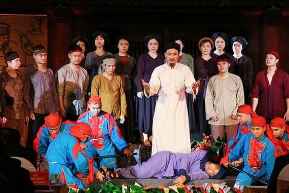 A performance of the life and career of educator Chu Van An in the ceremony