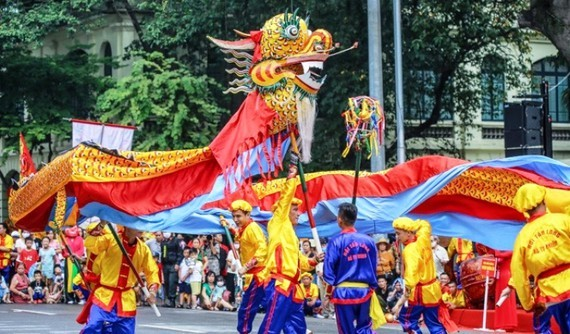 Hanoi considers reopening cultural, educational activities in March
