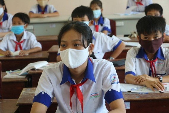 Students in Dong Thap Province's border districts return to classrooms on March 8.
