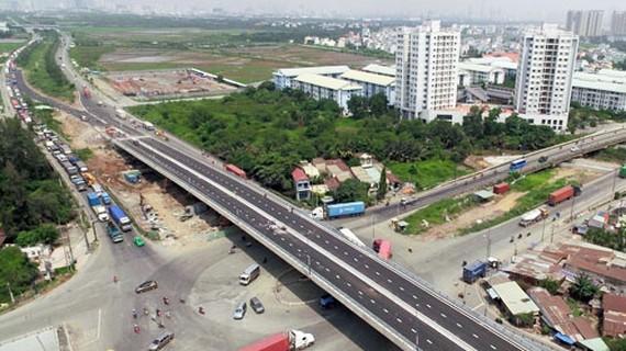 My Thuy interchange in Thu Duc City