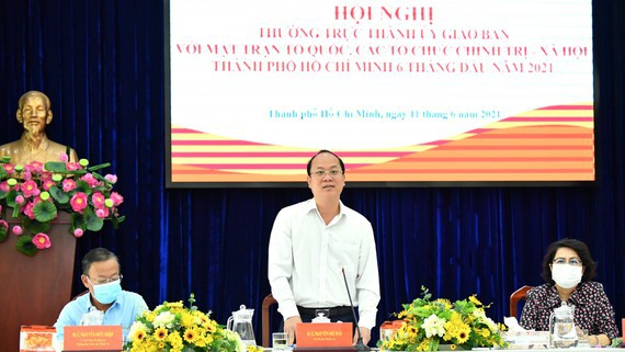 Vice Secretary of the municipal Party's Committee Nguyen Ho Hai  speaks at the conference. (Photo: SGGP)