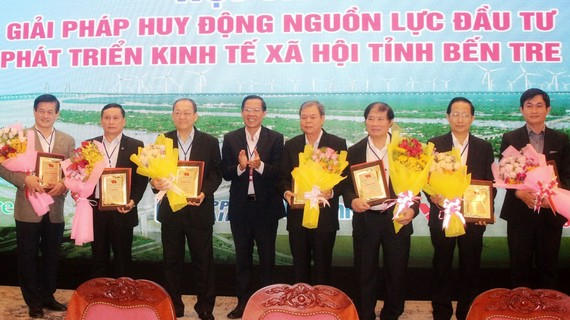 Ra mắt Hội đồng tư vấn chiến lược và kinh tế tỉnh Bến Tre