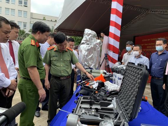 Các thiết bị hiện đại được trao tặng lực lượng PCCC và CNCH TPHCM