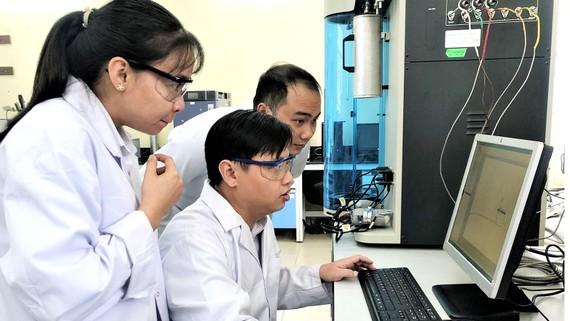 Trung tâm Nghiên cứu Vật liệu cấu trúc nano và phân tử (INOMAR) của ĐH Quốc gia TPHCM luôn dẫn đầu cả nước trong công bố quốc tế về vật liệu mới. Ảnh: Trung tâm INOMAR