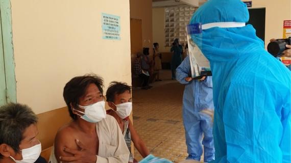 Người vô gia cư tại TPHCM được tập trung và tiêm vaccine Covid-19