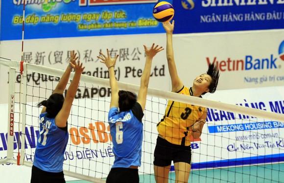 Chủ công Trần Thị Thanh Thúy (3) sẽ cùng VTV Bình Điền Long An bước vào chiến dịch bảo vệ ngôi hậu. Ảnh: NHẬT ANH