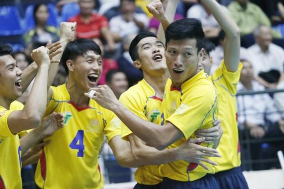 Cúp bóng chuyền Hùng Vương 2018: Khó cản bước nhà đương kim vô địch ảnh 2