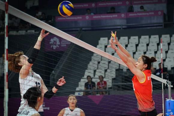 Đội tuyển bóng chuyền nữ hối hả chuẩn bị giải châu Á ảnh 2