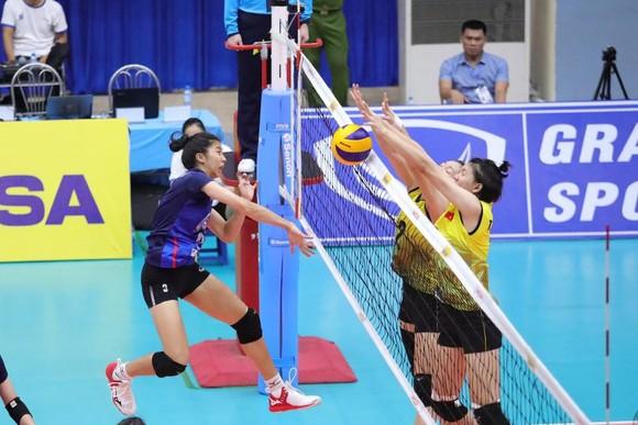 Đánh bại U.23 Thái Lan, các cô gái Việt Nam giành HCĐ châu Á ảnh 2