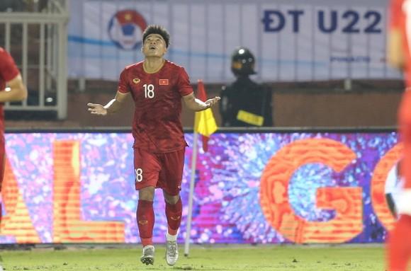 Đức Chinh ghi bàn, U22 Việt Nam hòa tẻ nhạt U22 UAE  ảnh 1