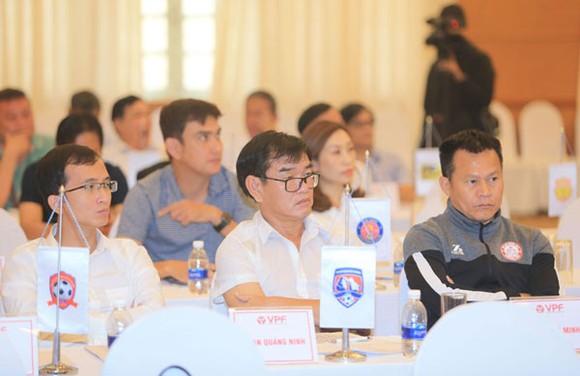 Hội nghị tổng kết mùa bóng 2019: HA.GL nhận giải phong cách ảnh 3