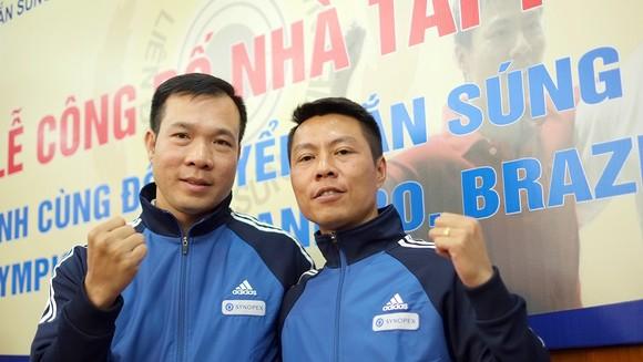 Các xạ thủ Hoàng Xuân Vinh và Trần Quốc Cường vẫn đang chờ tham dự World Cup bắn súng 2020 tại Ấn Độ