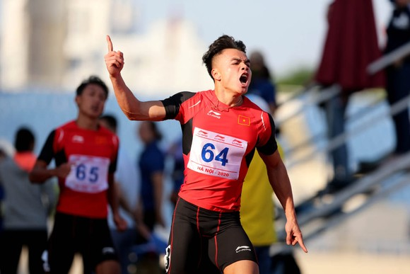 Giải điền kinh VĐQG 2020: Ngần Ngọc Nghĩa phá kỷ lục quốc gia cự ly 100m ảnh 1