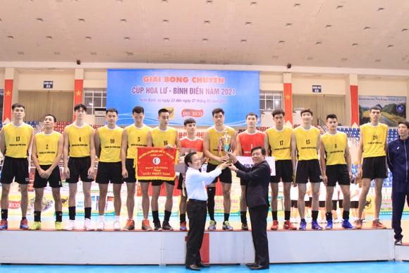 Chung kết Cúp bóng chuyền Hoa Lư - Bình Điền 2021: VTV Bình Điền Long An và Tràng An Ninh Bình lên ngôi vô địch ảnh 2