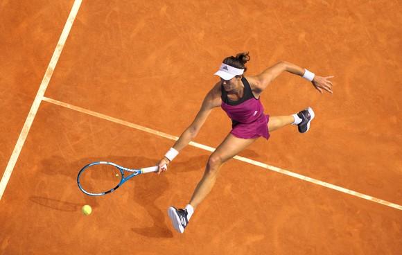 Giới tennis chuyên nghiệp trên thế giới rất ưa chuộng bộ sưu tập Xuân Hè 2021 của adidas.