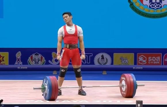 Thạch Kim Tuấn thi đấu không thành công ở giải châu Á.