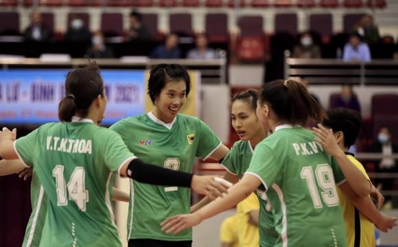 Chung kết Cúp Hùng Vương 2021: VTV Bình Điền Long An lên ngôi ngọt ngào ảnh 1