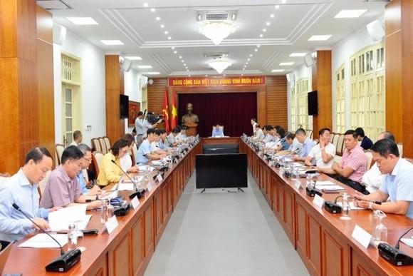Ủy ban Giáo dục-Văn hóa-Thanh thiếu niên – Nhi đồng của Quốc hội làm việc với Bộ VH-TT-DL.