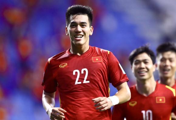Những khoảnh khắc ấn tượng trong chiến thắng 4-0 của Việt Nam trước Indonesia ảnh 4