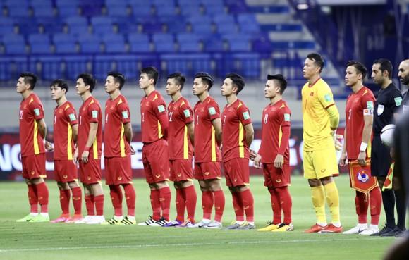 Những khoảnh khắc ấn tượng trong chiến thắng 4-0 của Việt Nam trước Indonesia ảnh 1