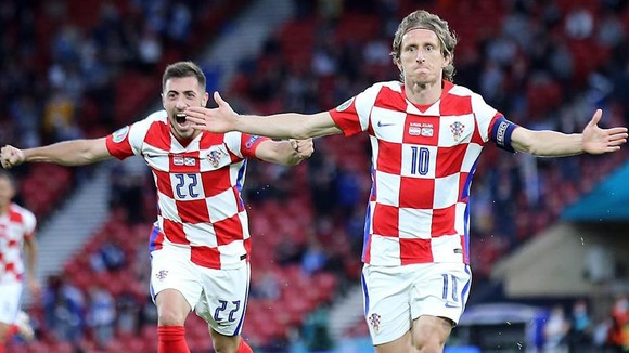 Luka Modric: Bước chạy không tuổi và cú Trivela lưu dấu muôn đời ảnh 1
