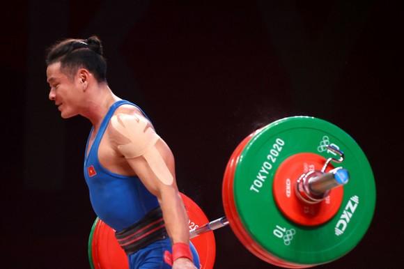 Thạch Kim Tuấn thi đấu không thành công tại Olympic Tokyo 2020. Ảnh: REUTERS