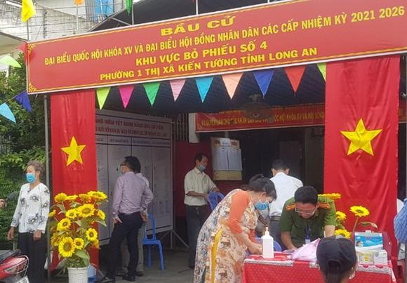 Bầu cử tại cột cờ Hà Nội tại Mũi Cà Mau - điểm cực Nam Tổ quốc  ảnh 2