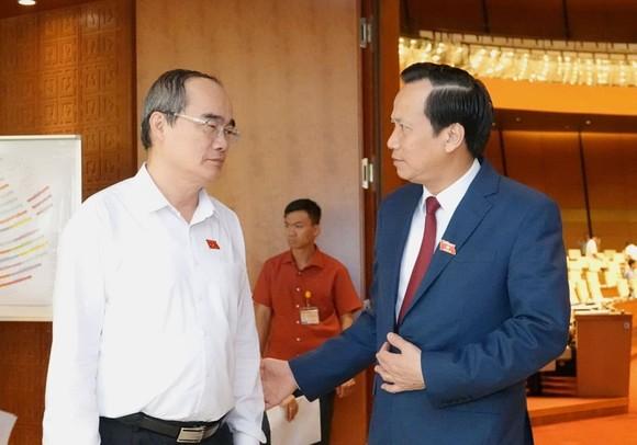 Bộ trưởng Đào Ngọc Dung: Giảm giờ làm xuống 44 giờ/tuần thì tăng trưởng kinh tế sẽ giảm 0,5%/năm ảnh 1