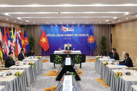 Hội nghị Cấp cao đặc biệt ASEAN về ứng phó dịch bệnh Covid-19. Ảnh: VIẾT CHUNG