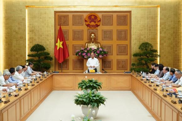 Thủ tướng nghe hiến kế về chính sách tài chính, tiền tệ ảnh 1