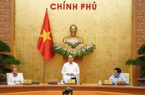 Thủ tướng Nguyễn Xuân Phúc chủ trì cuộc họp Chính phủ thường kỳ tháng 9-2020. Ảnh: VGP