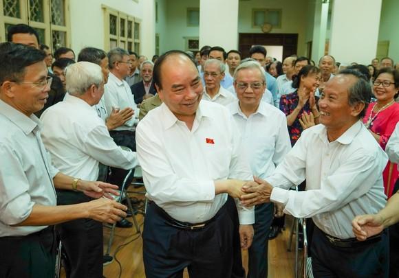 Vụ SGK lớp 1: Thủ tướng khẳng định sẽ xử lý nghiêm nếu có vi phạm ảnh 3