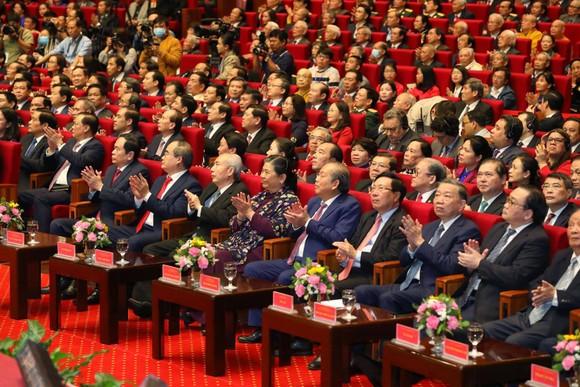 Tổng Bí thư, Chủ tịch nước Nguyễn Phú Trọng: Chấp nhận những điểm khác nhau không trái với lợi ích chung của dân tộc ảnh 2