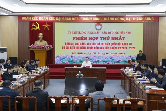 Hội nghị mặt trận ngày 13-1