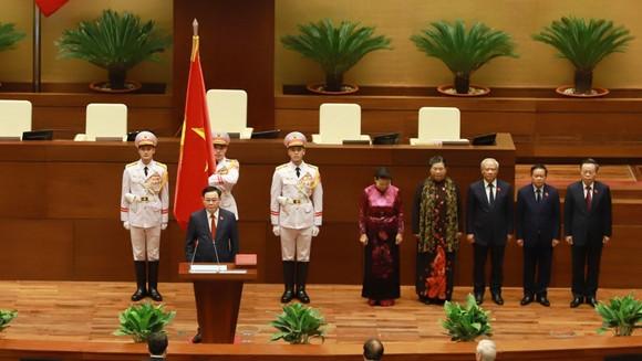 Tân Chủ tịch Quốc hội Vương Đình Huệ tuyên thệ nhậm chức ảnh 2