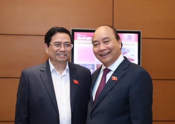 Trình miễn nhiệm Thủ tướng Nguyễn Xuân Phúc để giới thiệu bầu Chủ tịch nước ảnh 2