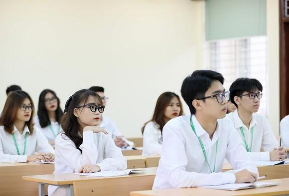 Giữ nguyên mức học phí năm học 2021-2022 như năm học 2020-2021 ảnh 1