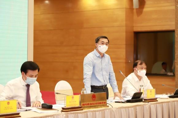 Xem xét kỹ các trường hợp chuyên gia nước ngoài vào Việt Nam ảnh 3